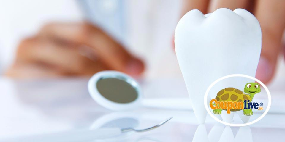 LECCE. Visita  Odontoiatrica con  Pulizia Denti e 1 trattamento a scelta a partire da Euro 15,00 a  persona, dal  Dott.  Natali Giorgio.