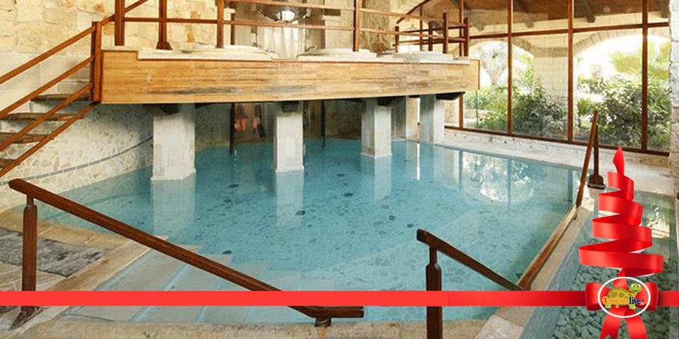 BARI. Menù Pizza con antipasto,  pizza, dolce e bevanda valido tutti i giorni a cena anche il Sabato a  soli  Euro 19,00 a  coppia, da Weilà.
