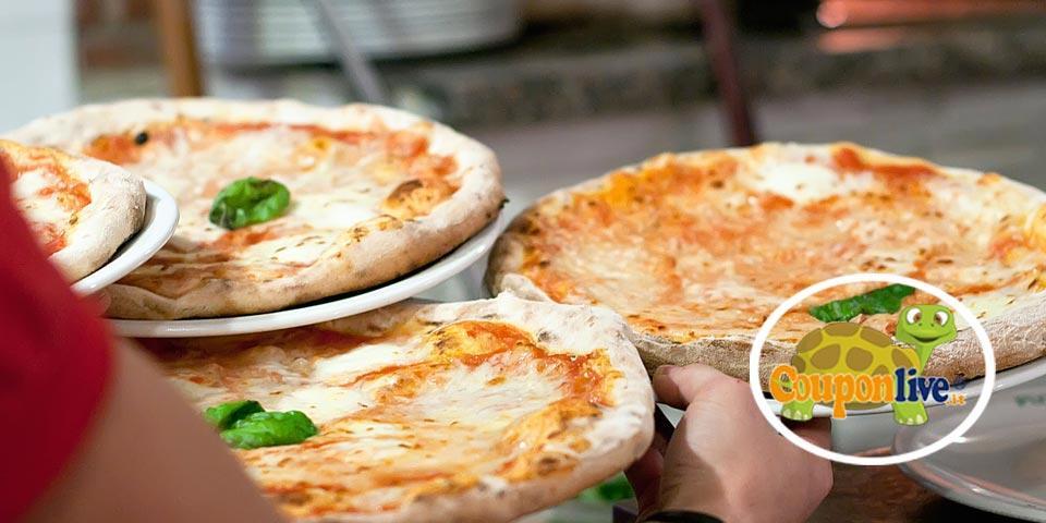 BISCEGLIE. Menù Pizza con  antipasti, pizza,  bevanda e dolce valido tutti i giorni anche il Sabato a soli Euro  19,00 a coppia,  da L'Altra Napoli.