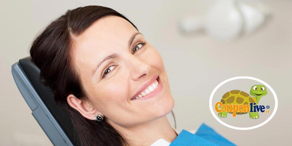 CORATO. Visita  Odontoiatrica con  Pulizia Denti e Smacchiamento air flow a soli Euro 19,90 a persona,  dal Dott.  Fabrizio Tatone.