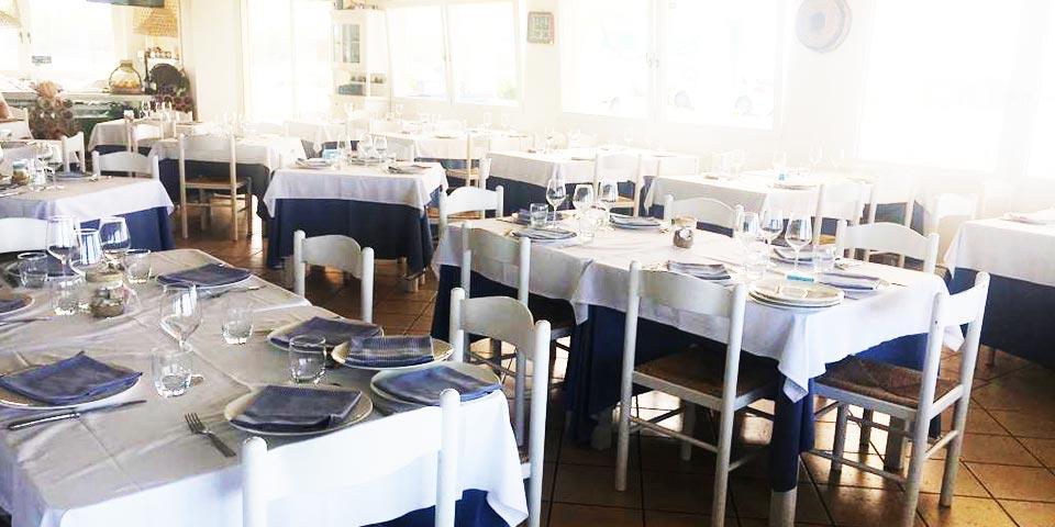 SAVELLETRI. Pranzo o Cena con menù di Mare, valido tutti i giorni anche la Domenica a soli Euro 28,00 a persona, da  La Locanda del Riccio.
