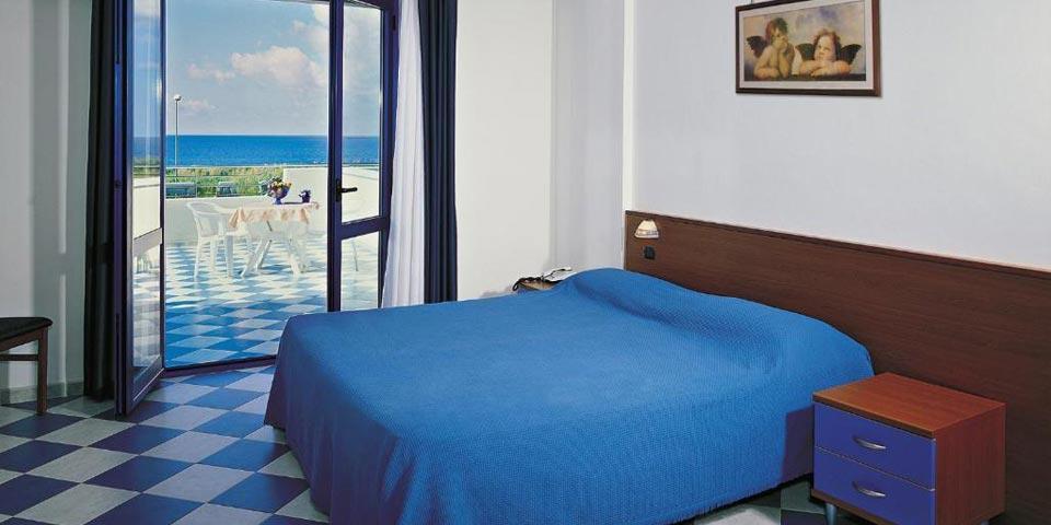 GRISOLIA (CS). 7 Notti in Pensione completa Light a Ferragosto, a partire da Euro 1400,00 a camera, da Hotel San Gaetano.