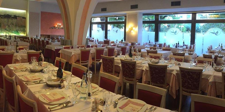 MONTECATINI TERME.1 Notte con Colazione, Cena a lume di candela e Prosecco a soli Euro 99,00 a coppia, da Hotel Biondi.