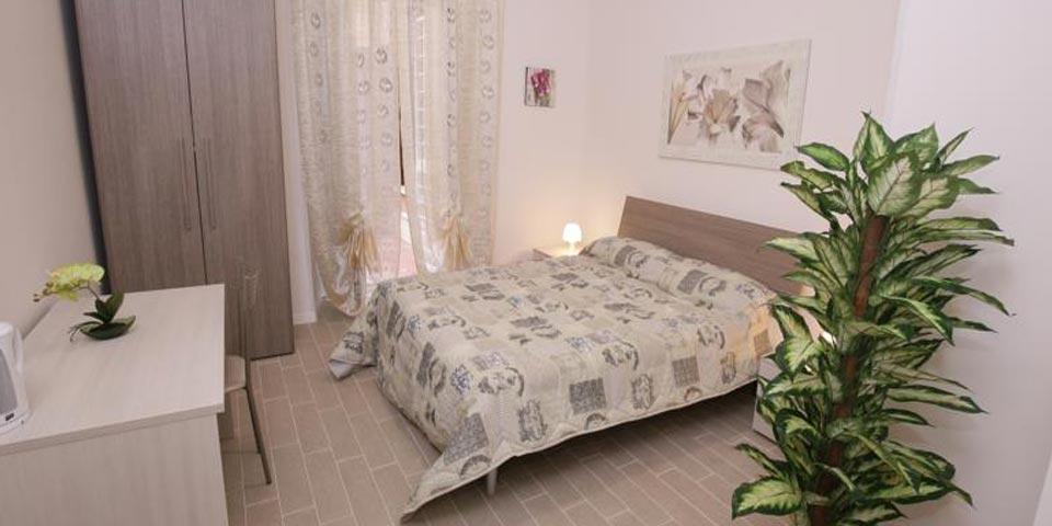 ROMA. 1 Notte in B&B valido tutti i giorni a soli Euro 49,00 a coppia, da  Rooms  Monteverde.