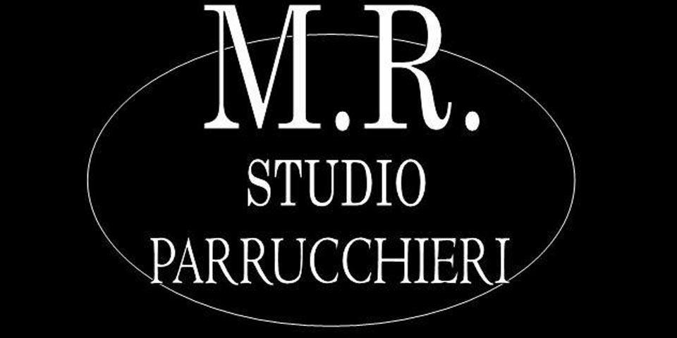 FOGGIA. Pacchetto Look Donna con  Shampoo,  Maschera, Colore, Taglio e Piega a partire da Euro 15,00 a persona, da M. R.  Studio Parrucchieri.