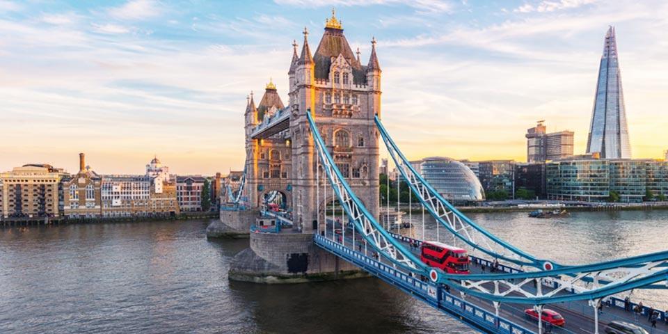 LONDRA. Volo A/R da Bari, 4 Giorni e 3 Notti presso dal 12 al 15 Novembre 2021 a soli Euro 290,00 a persona.